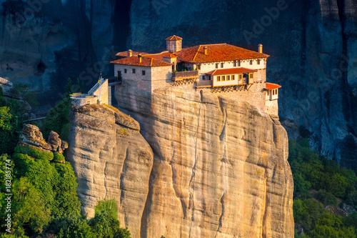 Wielki monaster Varlaam na wysokiej skale w Meteor, Thessaly, Grecja