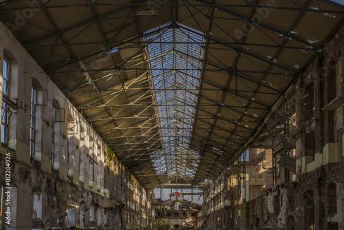 Foto op Canvas Oude verlaten gebouwen Old abandoned factory