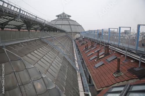 Fotobehang Spoorlijn Highline Galleria Milano