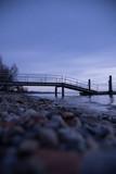 Die Brücke ins Wasser