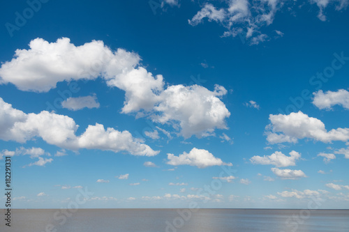 Keuken foto achterwand Buenos Aires Beautiful blue sky with white clouds and Rio de La Plata horizon
