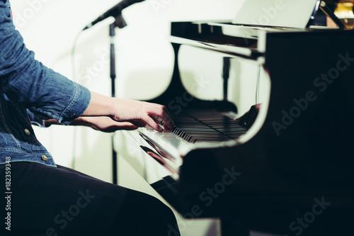Fototapeta ピアノ