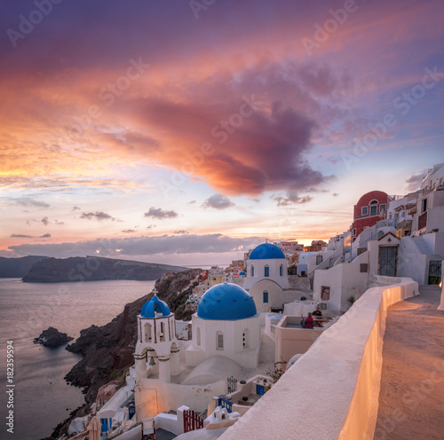 Staande foto Santorini Beautiful Oia village on Santorini island in Greece