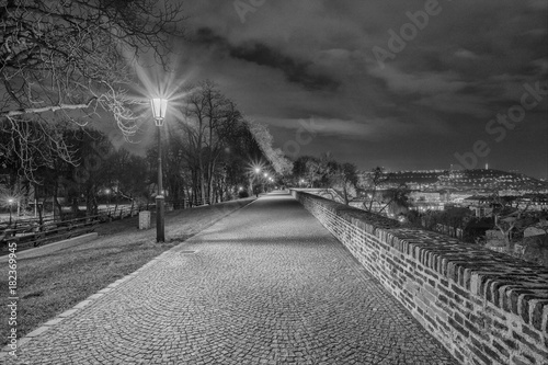 Keuken foto achterwand Nacht snelweg Scenic view of historical center Prague