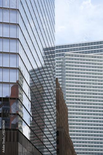 Hochhäuser und Glasfassaden in New York, USA