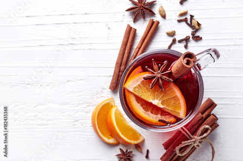Hot mulled wine - 182435368