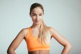 Weibliches Sportmodel  - 182466180