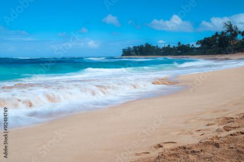 Plexiglas Strand Sunset Beach in Oahu, Hawaii