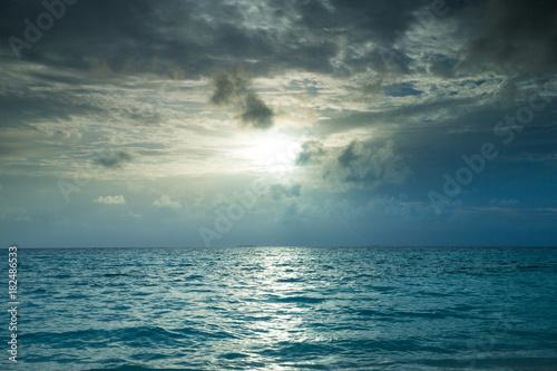 Staande foto Zee zonsondergang Sunset on the sea