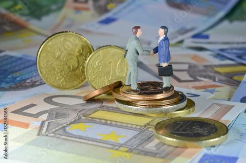 euro pieniądze waluta bilet kiesa praca pensja bank 50 negocjacje sprzedaż zakup biznes finanse