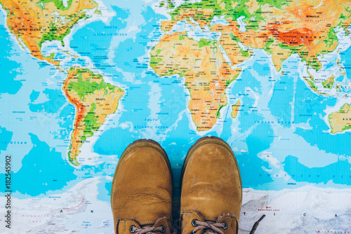 Fototapeta boots on the map