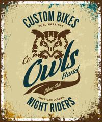 Vintage bikers club t-shirt vector logo on light background. Premium quality owl bird night rider logotype tee-shirt emblem illustration. Custom bikes street wear superior retro tee print design.