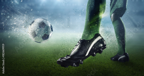 Plexiglas Voetbal Soccer goal moment. Mixed media
