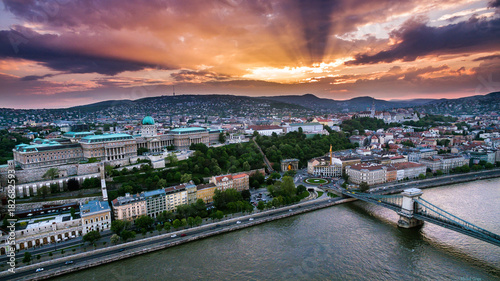 Tuinposter Boedapest Sunset over Budapest
