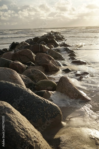 Keuken foto achterwand Noordzee .......Dänemark, Nordsee, Wellenbrecher, Orkan, windig
