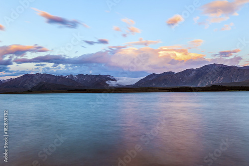 Fotobehang Fyle Lake Tekapo after sunset