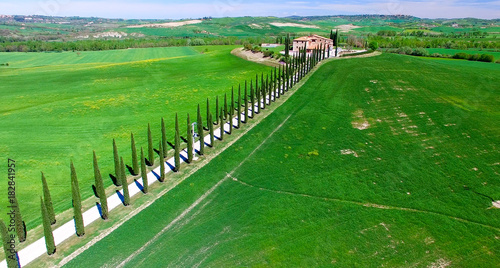 Staande foto Toscane Beautiful colors of Tuscany, aerial view in spring season