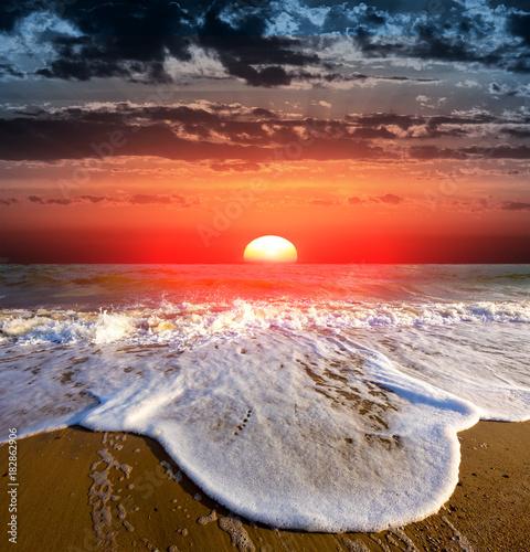 Fototapeta sunset on sea