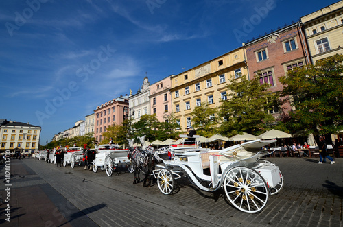 Foto op Canvas Krakau Cab on the main square - old town in Krakow, Poland
