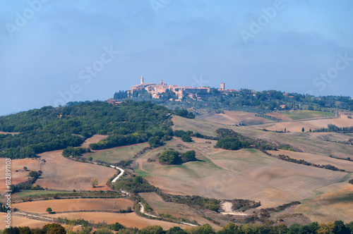 Staande foto Toscane Beautiful autumn landscape of Val d'Orcia on the background Pienza Tuscany, Italy