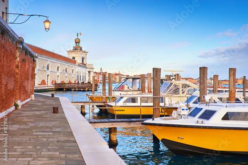 Foto op Canvas Venetie Motor boats by Punta della Dogana in Venice, Italy