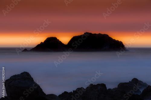 Staande foto Zee zonsondergang Sunset