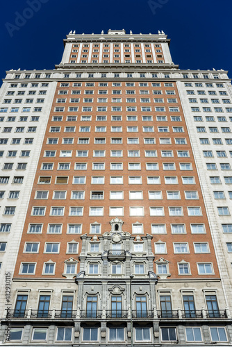 Keuken foto achterwand Madrid Views of the Spain Building (Edificio España), in Madrid, Spain, on March 13, 2016. It is one of the tallest buildings in Madrid (117 metres and 25 floors).
