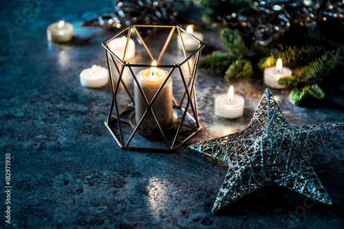 Foto Murales Christmas background candles balls stars lights decoration
