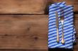 Besteck mit Bayern Serviette auf Holz
