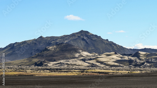 Staande foto Pool Volcanic landscape in the highlands of Iceland