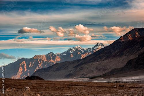 Foto op Canvas Zwart Ladakh Diaries