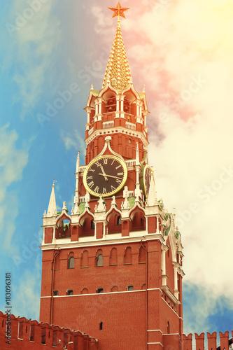 Spasskaya wierza Moskwa Kremlin zamknięty up piękny słoneczny dzień