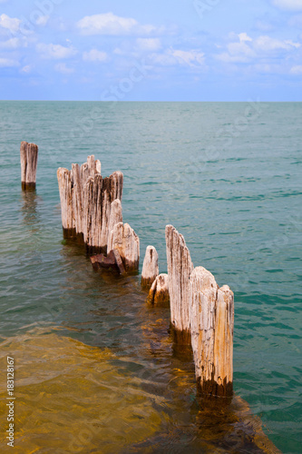 Plexiglas Chicago Wood Dock in Water Lake Michigan