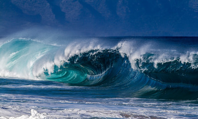 Shore break Ocean wave on the north shore of Oahu Hawaii