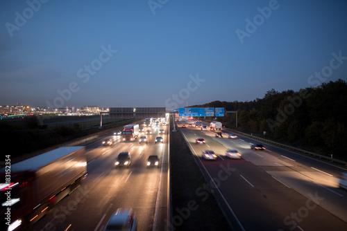 Feature, Verkehr auf der A5 am Frankfurter Kreuz Poster