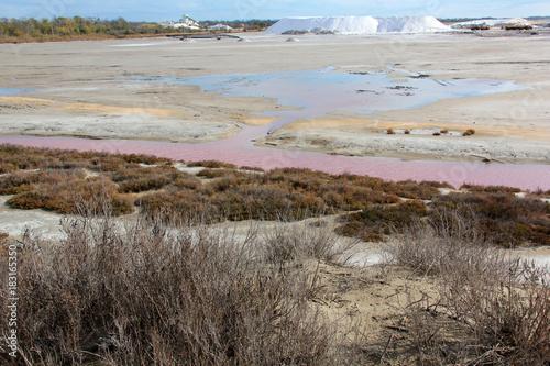 Plexiglas Donkergrijs Paysage des Salins de Giraud