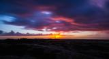 Sonnenaufgang mit Wolkenpanorama - 183170302