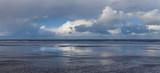 Wolkenformation über der Küste