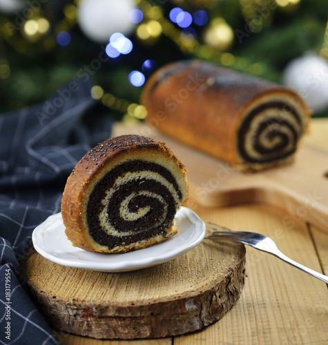 Staande foto Klaprozen Świąteczny makowiec