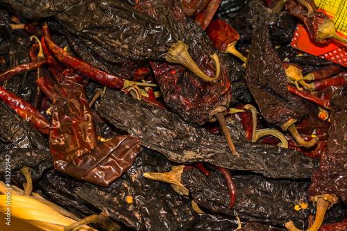 Foto op Aluminium Hot chili peppers Muchos picantes secos.