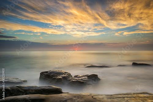 Foto op Canvas Zee zonsondergang Sunset Above the Horizon