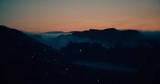 農村の夜明け - 183279312
