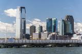 Skyline von New Jersey City in den USA. - 183301947