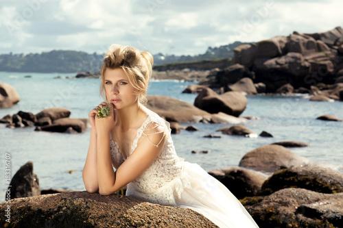 Foto Murales Невеста на побережье