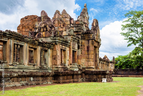 Plexiglas Thailand Prasat Muang Tam or the lower city castle, an ancient Khmer-style temple complex built in Buriram Province, Thailand, which is built in the 10th -11th century.