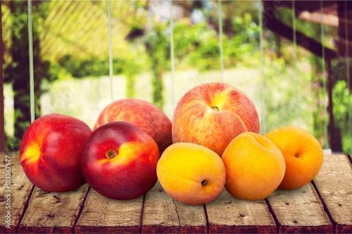 Poster Peach.