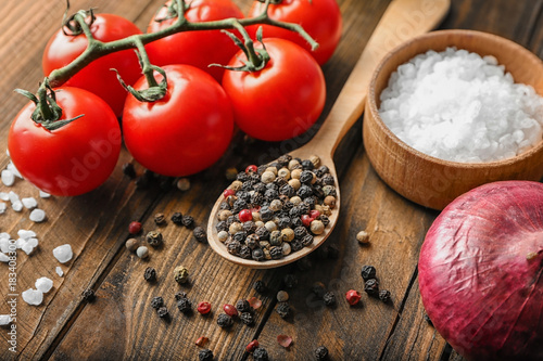 Fotobehang Kruiden 2 Spoon with pepper mix and ingredients on wooden background