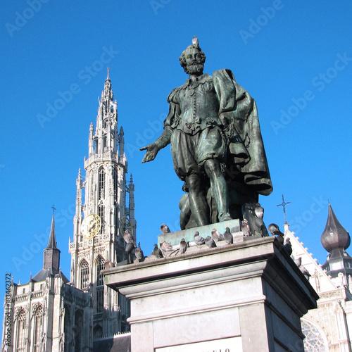 Fotobehang Antwerpen Antwerpen (Belgique) - Statue de Rubens