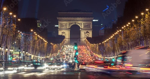 Foto op Canvas Mediterraans Europa Christmas in Paris. Timelapse of avenue des Champs-Elysees with Christmas lighting leading up to the Arc de Triomphe in Paris, France. Crash zoom effect.