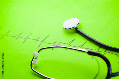 Leinwanddruck Bild stethoscope on a colored background